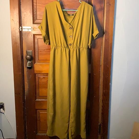 Mustard Jumpsuit. 1XL